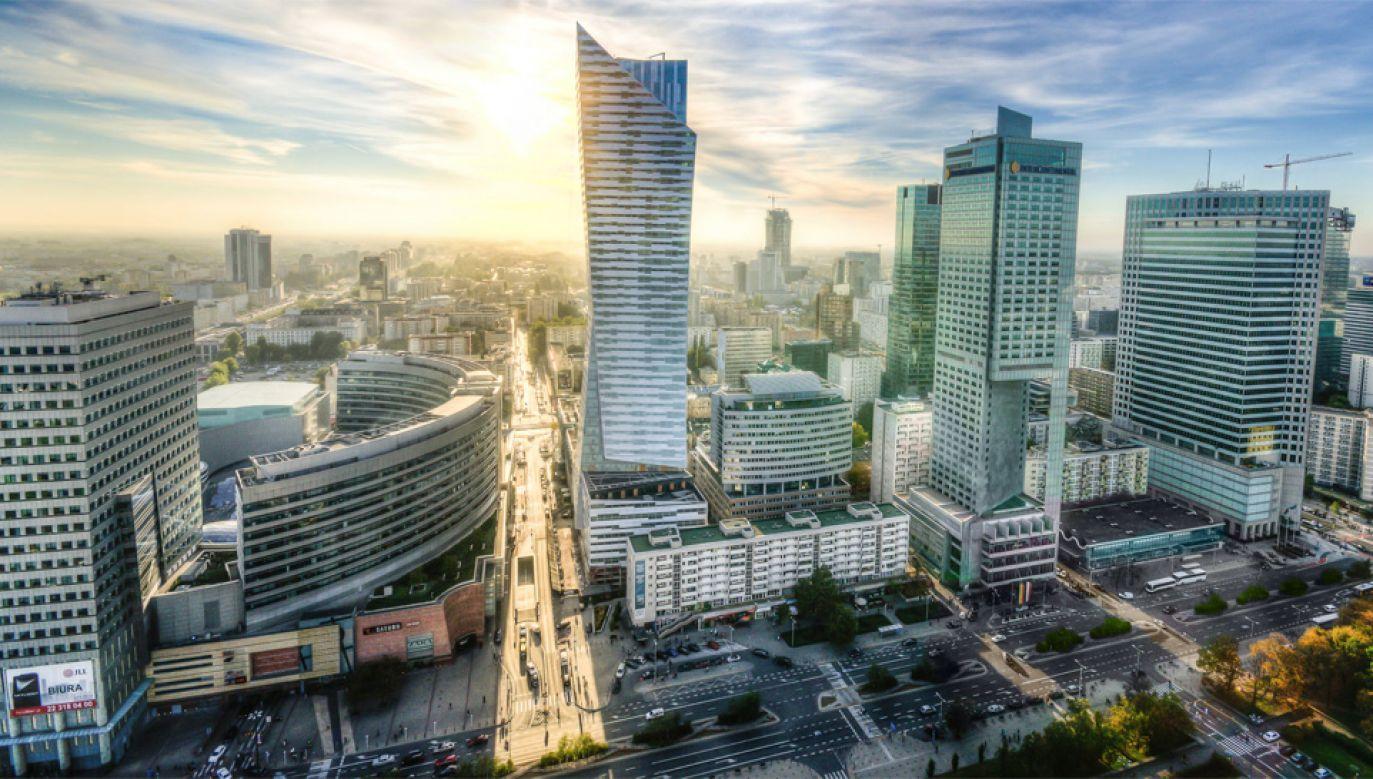 Na tle Europy i świata polska gospodarka radzi sobie co najmniej dobrze (fot. Pexels)