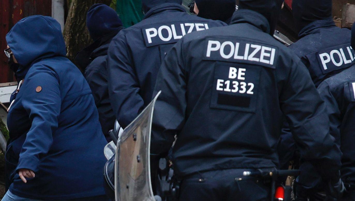 Śledczy znaleźli pokaźną kolekcję broni w mieszkaniu aresztowanego oficera Bundeswehry (fot. Carsten Koall/Getty Images, zdjęcie ilustracyjne)