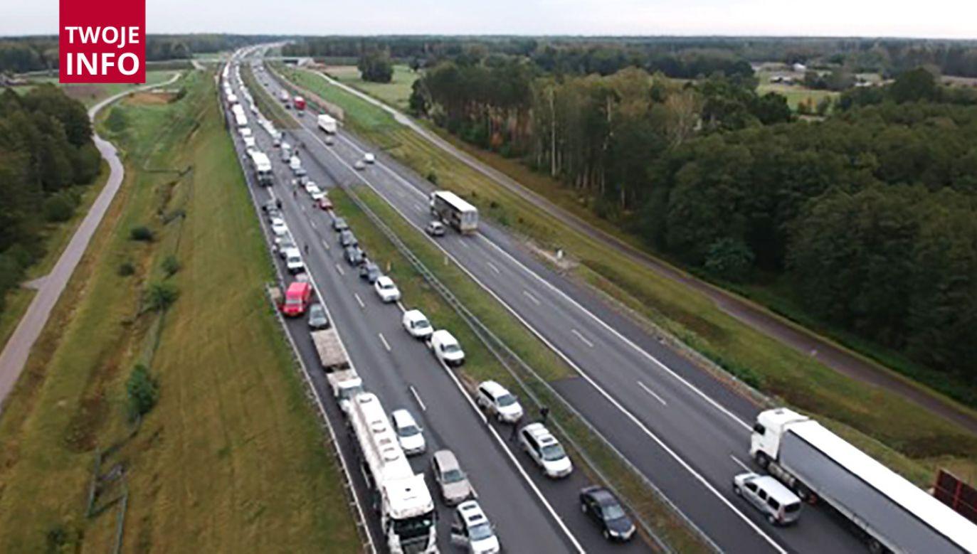 Wypadek na A2 w kierunku Łodzi (fot. Twoje Info)