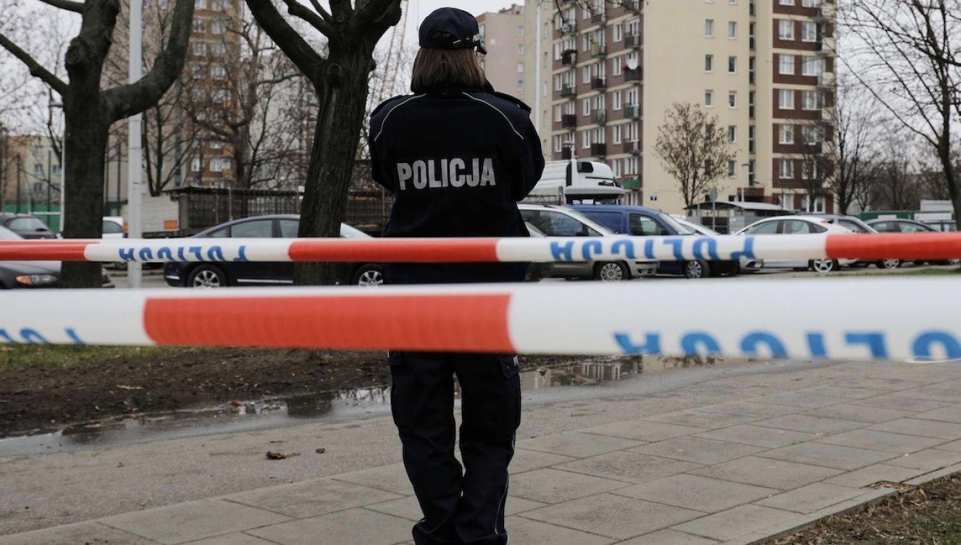 Do mieszkańców terenów wyznaczonych do ewakuacji mają dotrzeć policjanci i strażacy (fot. arch.PAP/Paweł Supernak)