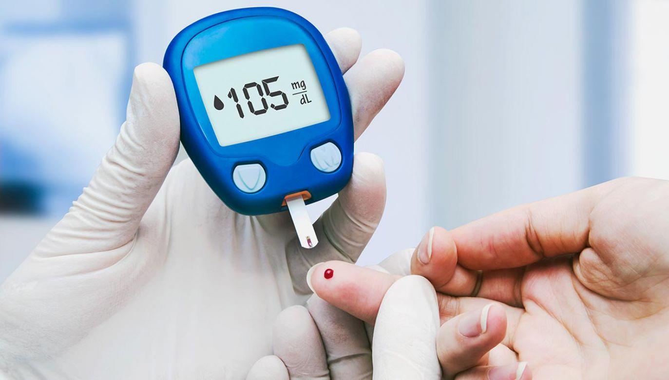 Badacze podejrzewają, że infekując te tkanki wirus powoduje złożone, kompleksowe zaburzenia metabolizmu glukozy (fot. Shutterstock/Proxima Studio)