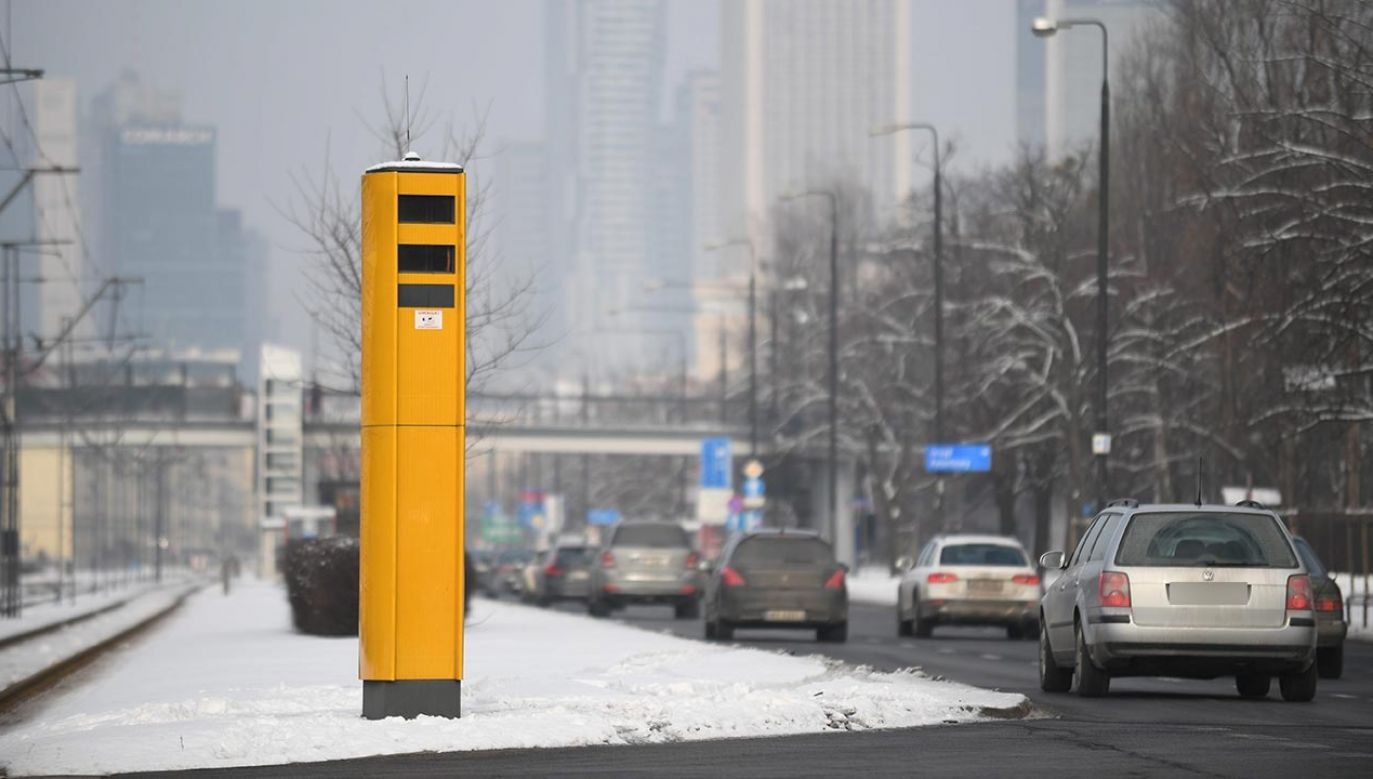 Nowe fotoradary staną na skrzyżowaniach (fot. PAP/Bartłomiej Zborowski)