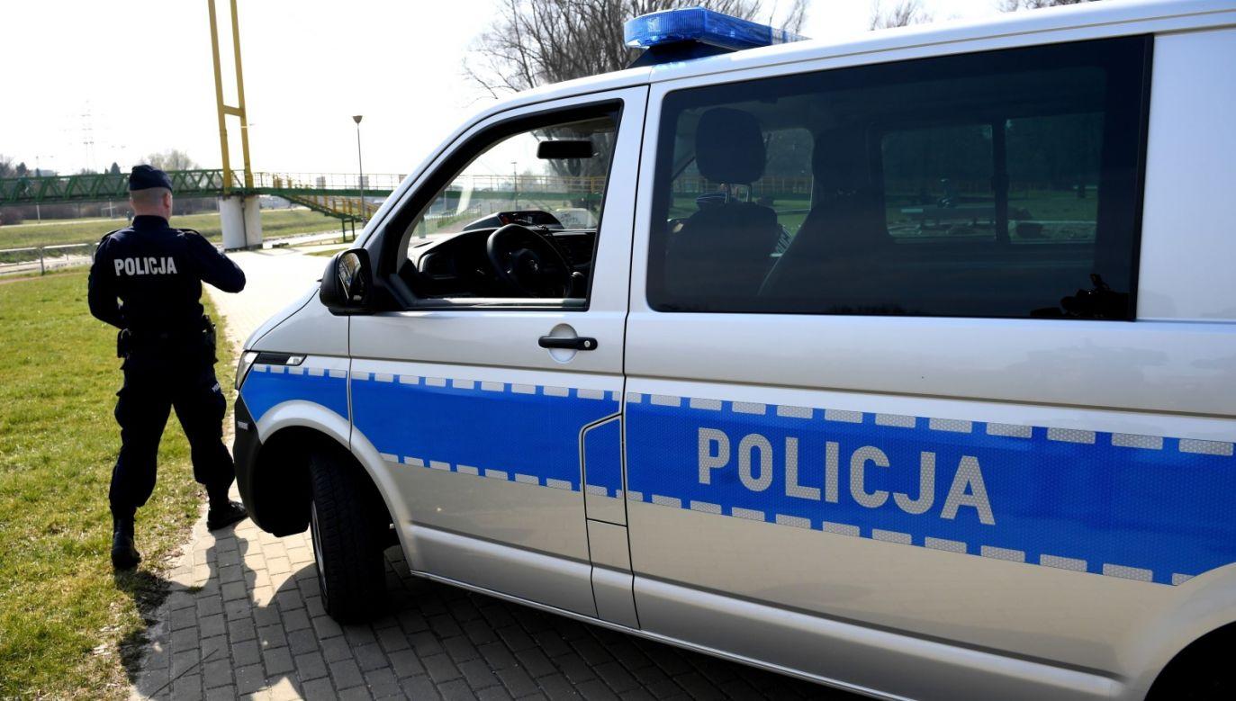 Osoby objęte kwarantanną mają obowiązek przebywać we wskazanym przez siebie miejscu (fot. PAP/Darek Delmanowicz, zdjęcie ilustracyjne)