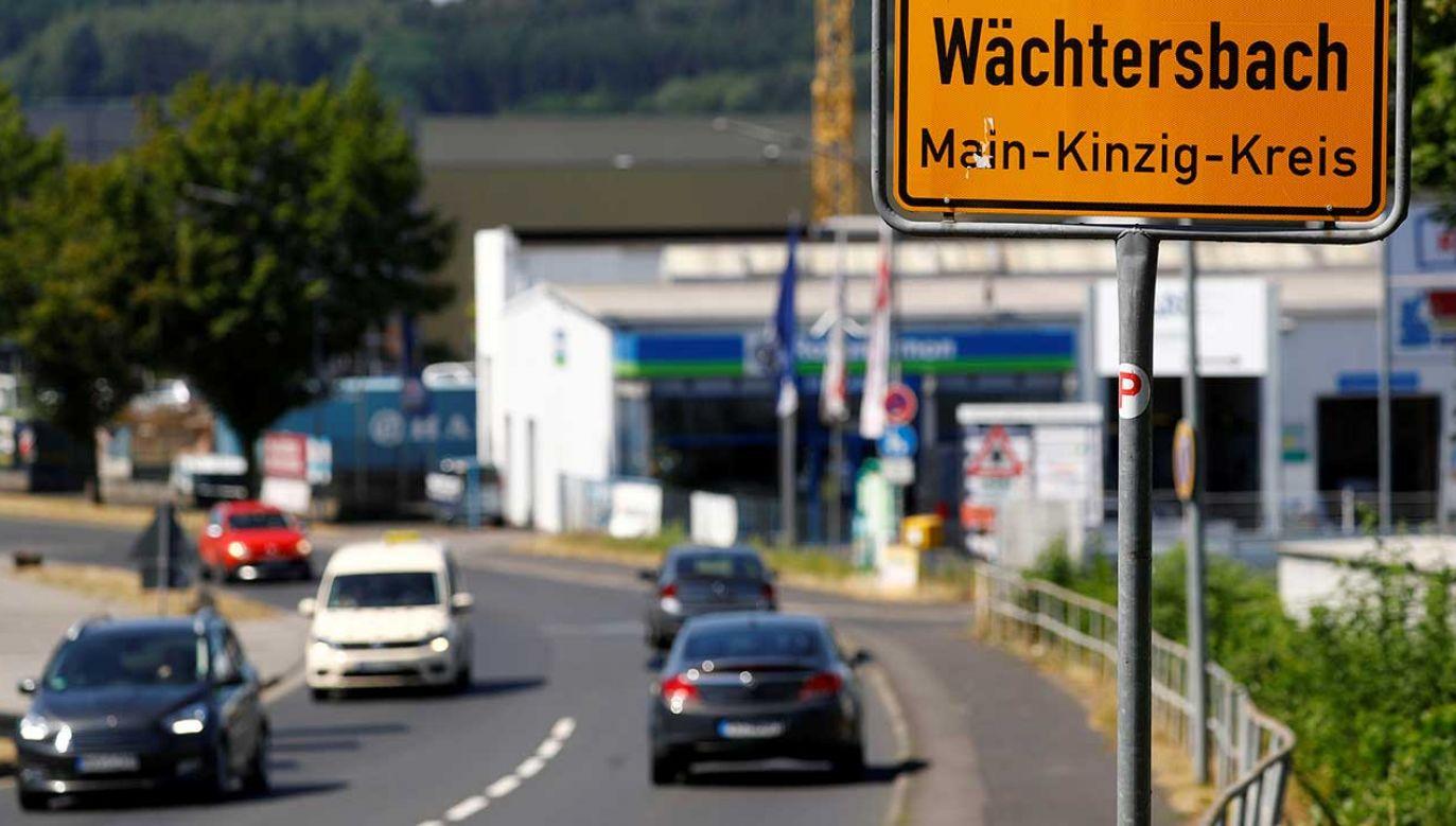 """Sprawca działał """"z pobudek ksenofobicznych"""" (fot. REUTERS/Kai Pfaffenbach)"""