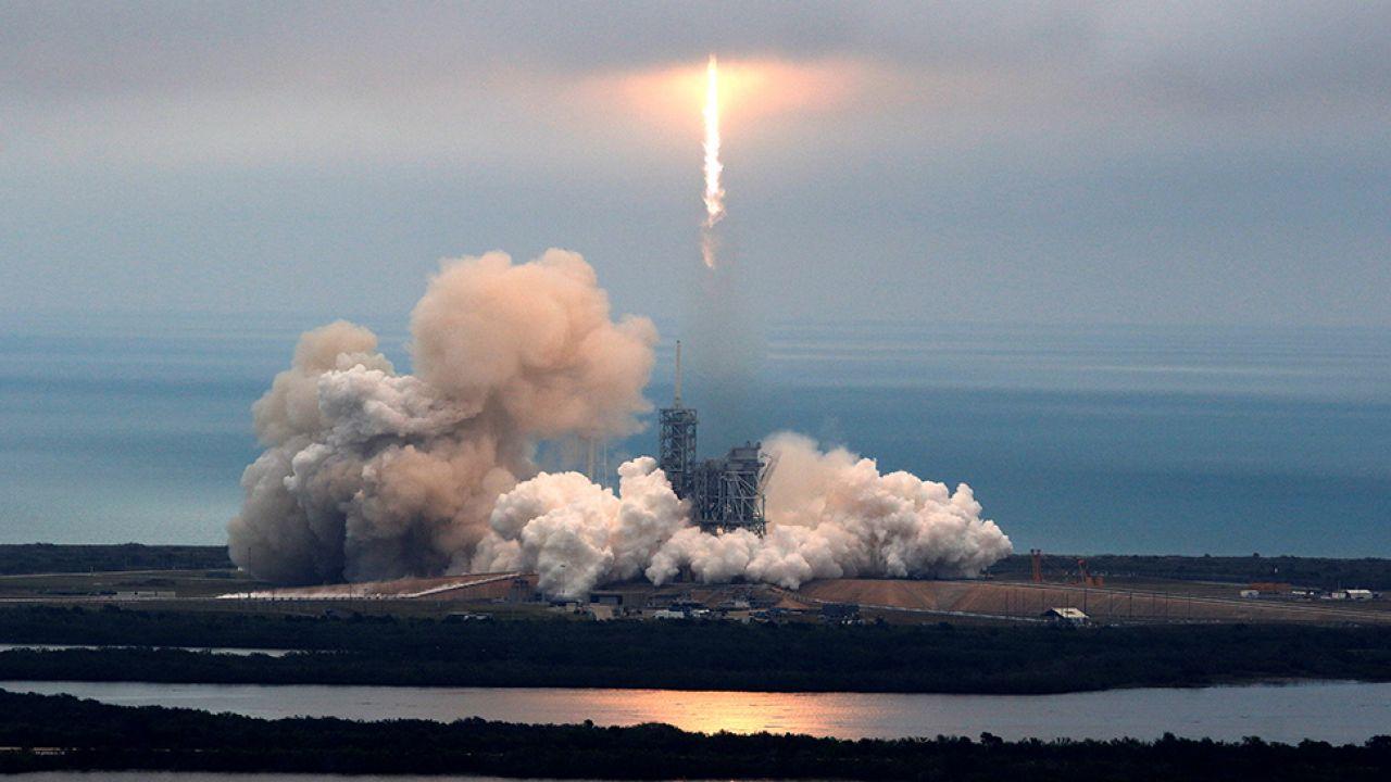 Gotowy do wyprawy na Księżyc? (fot. REUTERS/Joe Skipper)