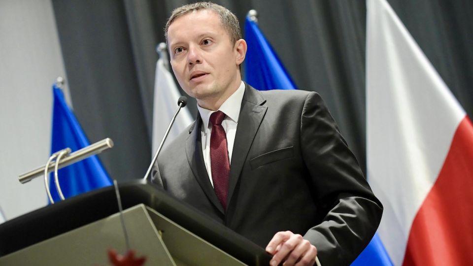 Roszady personalne w Poczcie Polskiej w związku z wyborami? - tvp.info