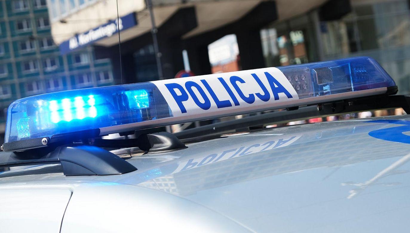 Poszukiwany mężczyzna oddalił się z ulicy Radzymińskiej (fot. Shutterstock/forma82)