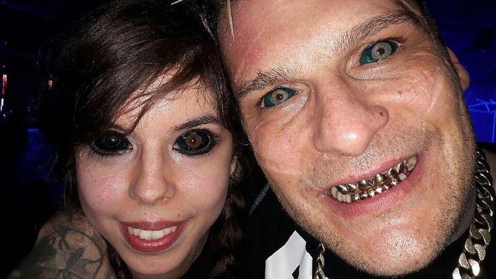 Tatuaż Oczu Zmienił Jej życie W Koszmar Tvpinfo