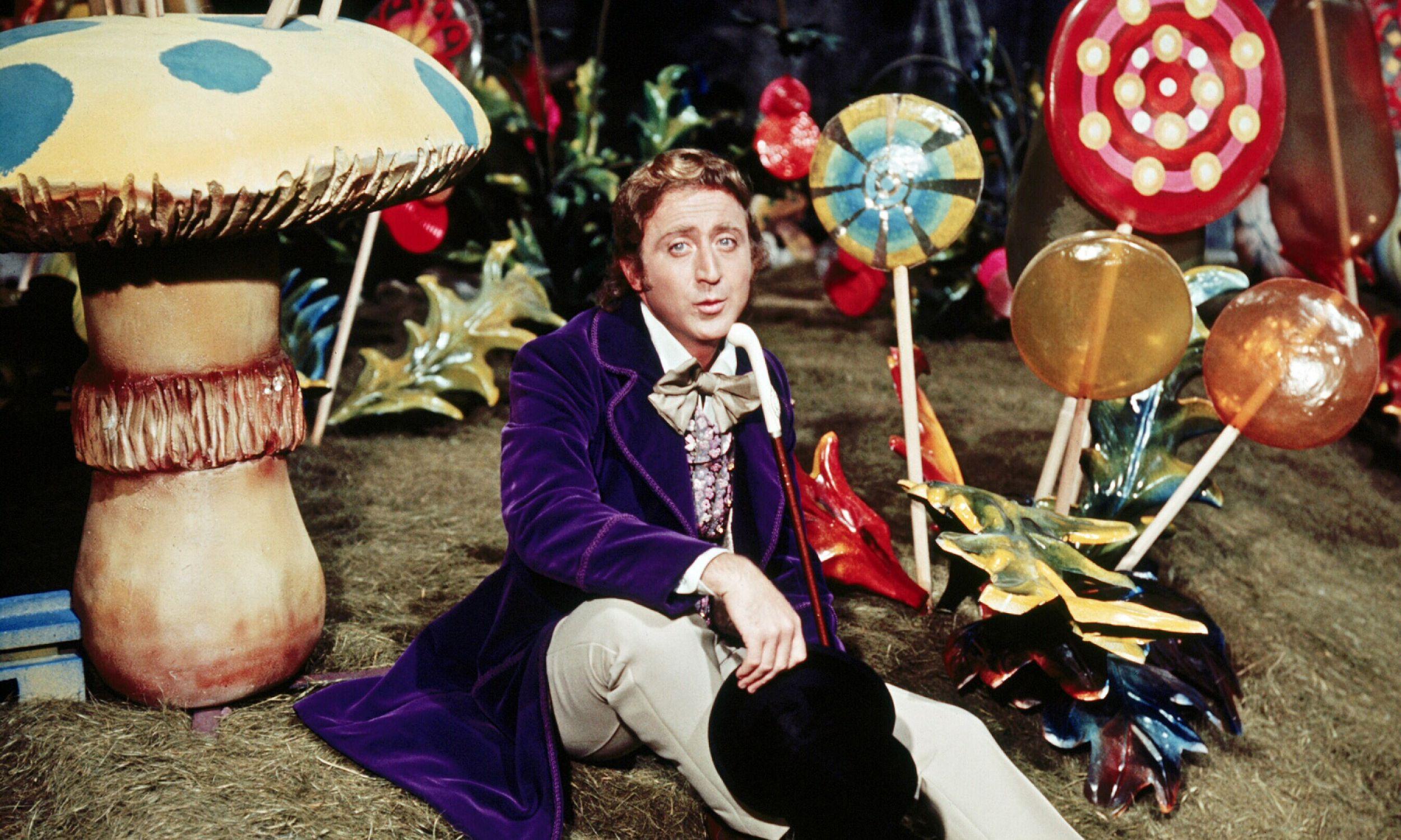 """Gene Wilder (1933 - 2016) jako Willy Wonka w filmie """"Willy Wonka i fabryka czekolady"""" z 1971. Fot. Silver Screen Collection / Getty Images"""