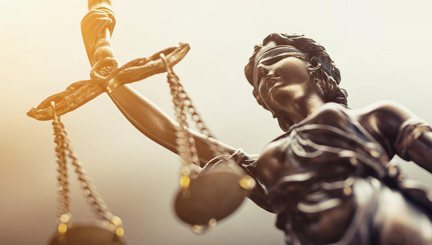 Rada Ministrów przyjęła autopoprawkę do projektu ustawy o zmianie ustawy Kodeks karny (fot. Shutterstock/r.classen)