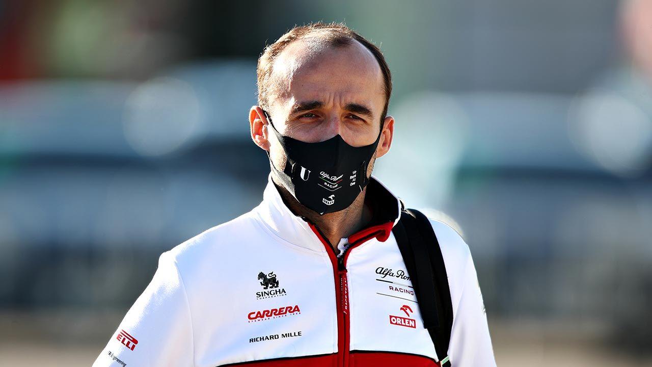 Robert Kubica nie podjął jeszcze decyzji na temat startów w nowym sezonie (fot. Joe Portlock/Getty Images)