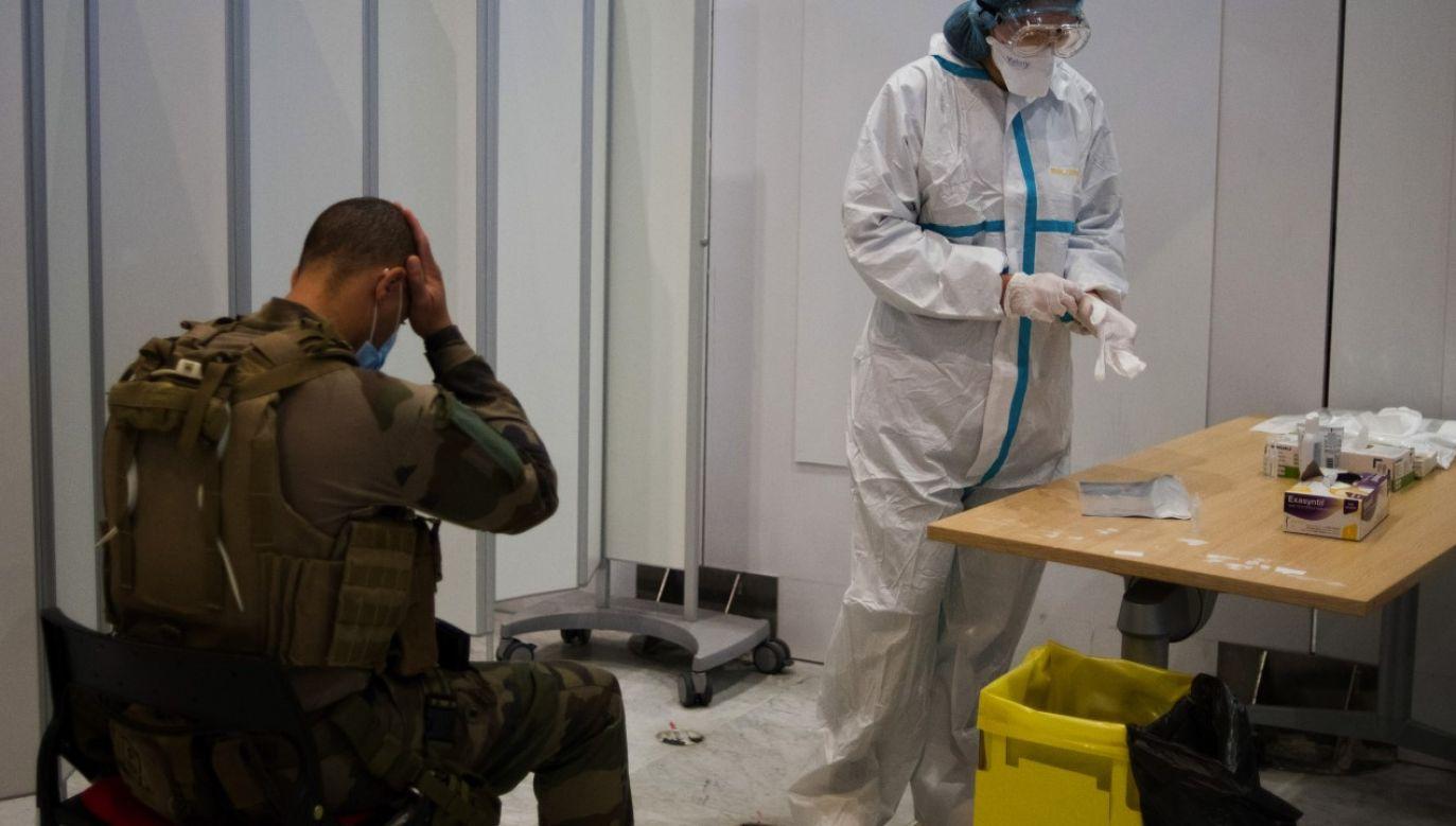 Wojsko jest zaangażowane w walkę z koronawirusem w każdym niemal kraju, który został dotknięty epidemią (zdjęcie ilustracyjne) (fot. Nathan Laine/Bloomberg via Getty Images)