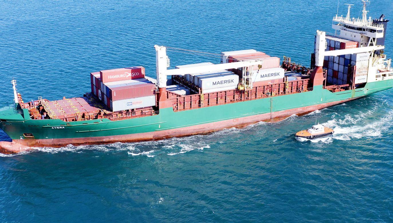 Ze statku towarowego na Oceanie Spokojnym wypadł 52–letni mężczyzna (fot. Shutterstock/Photomarine)