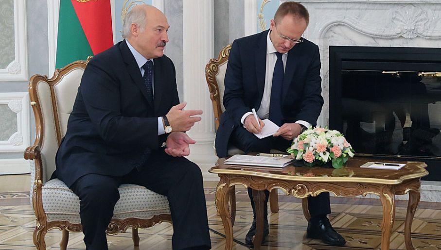 Aleksandr Łukaszenka prześladuje białoruską opozycję (fot. PAP/EPA/NIKOLAI PETROV / POOL)