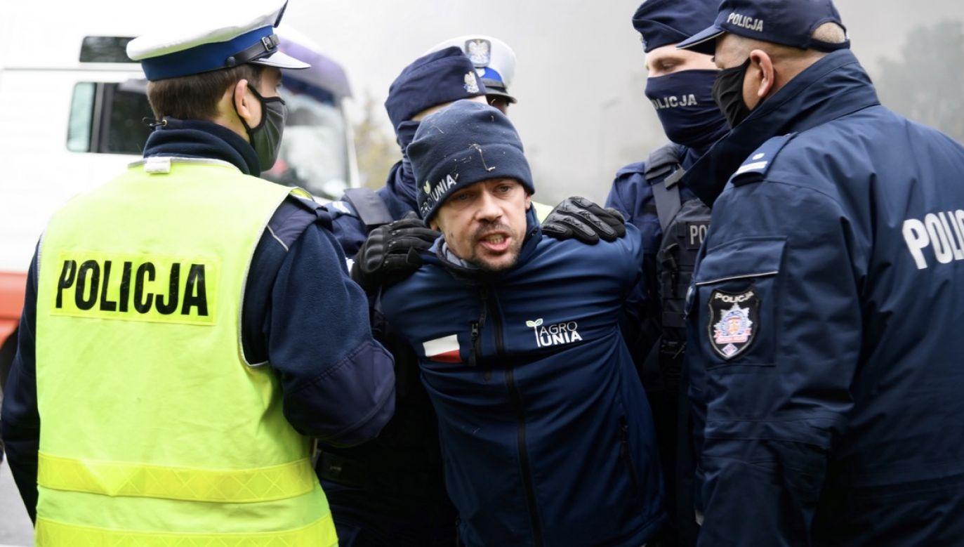 Rolnicy i inne organizacje wyszły na ulice (fot. PAP/Jakub Kaczmarczyk)