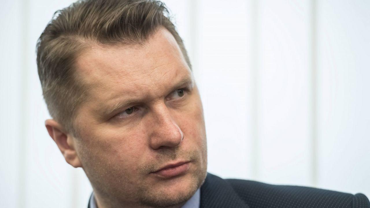 """""""Mamy obowiązek chronić dzieci przed demoralizacją"""" (fot. PAP/Wojciech Pacewicz)"""