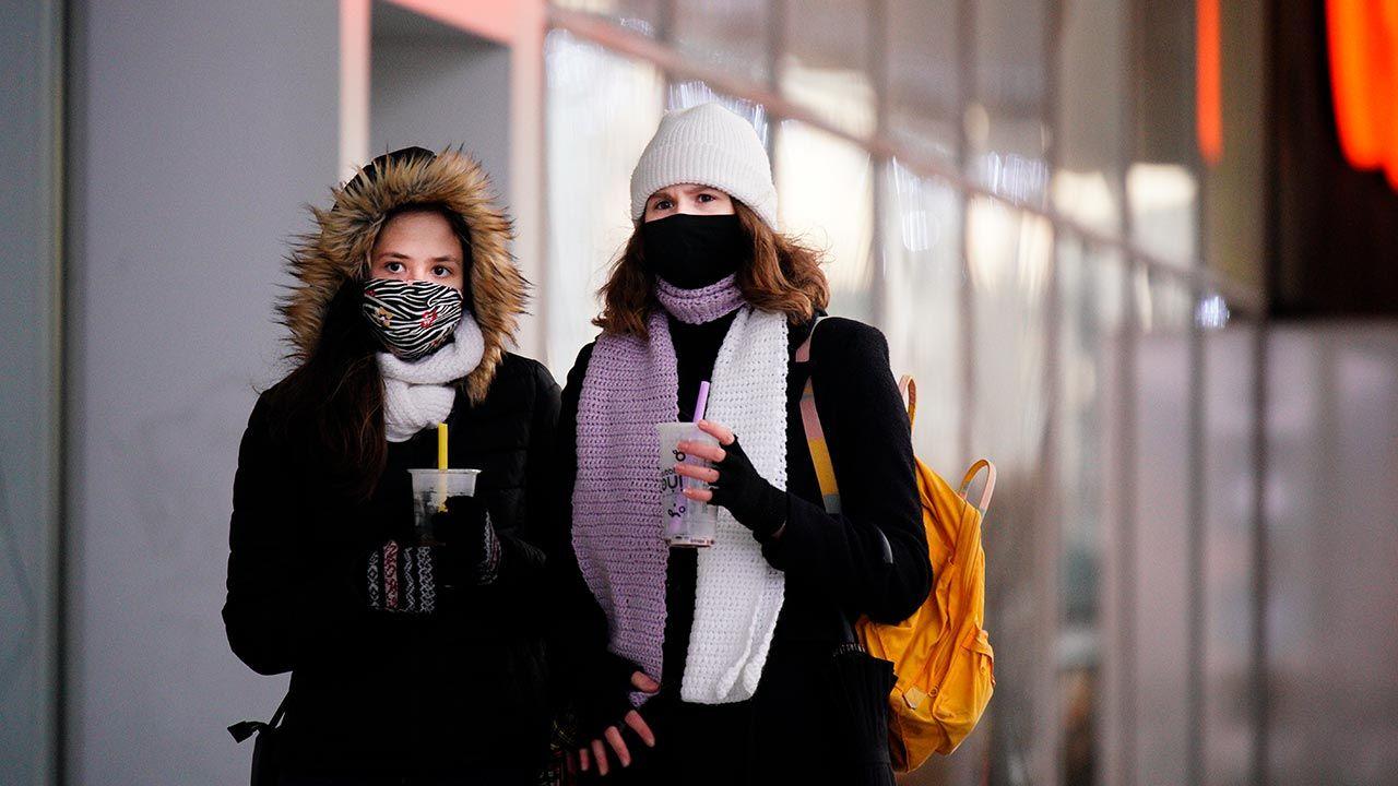 Nowe dane o epidemii koronawirusa w Warszawie i na Mazowszu (fot. Jaap Arriens/NurPhoto via Getty Images)
