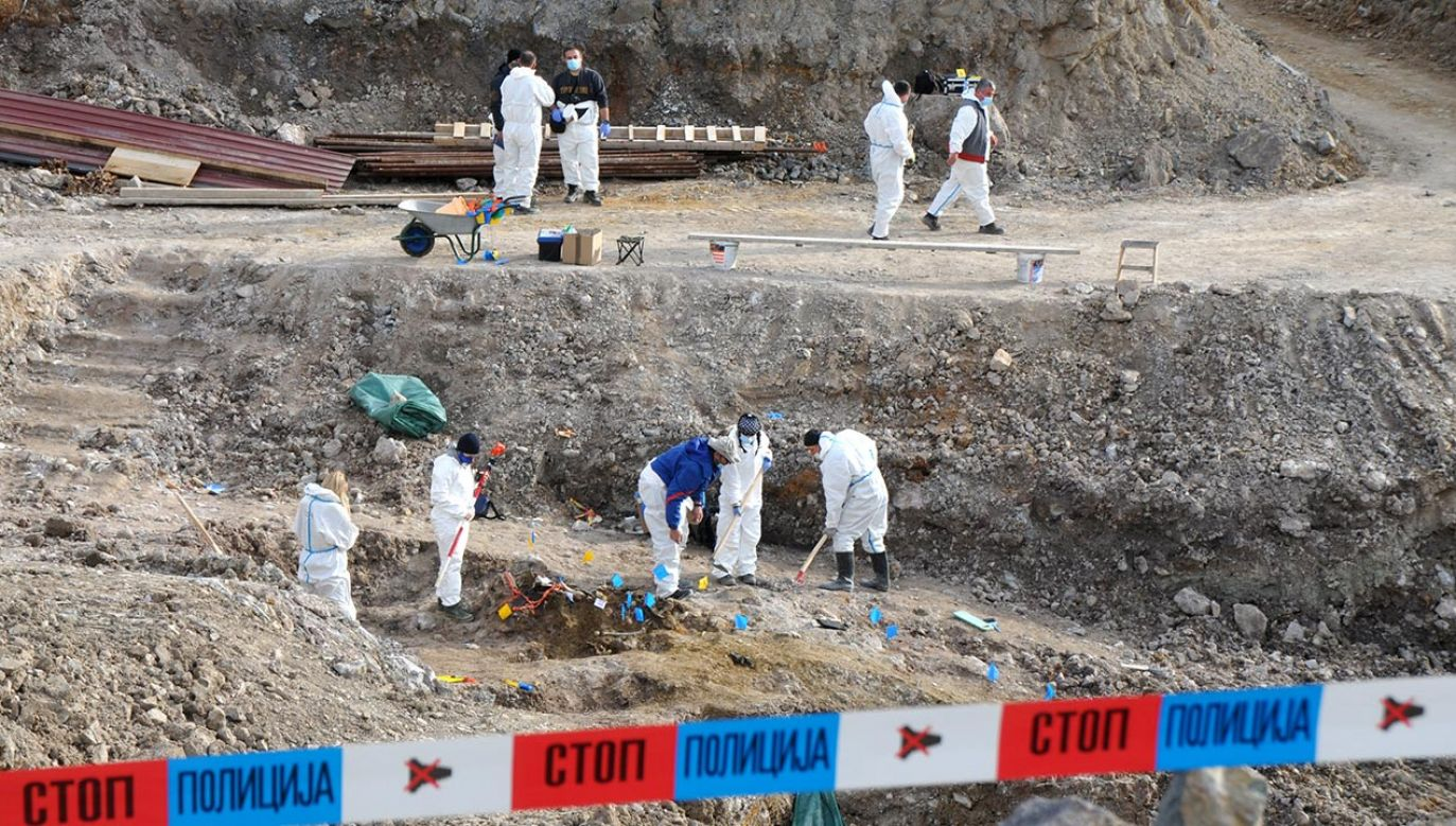 Eksperci badają teren kopalni w Serbii (fot.  Medin Haliloviç/Anadolu Agency via Getty Images)