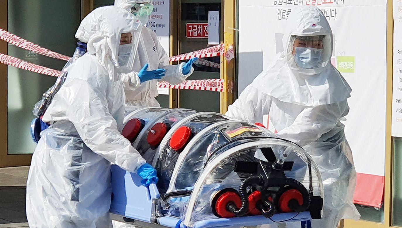 WHO odnotowało wyhamowanie zachorowań na koronawirusa (fot. PAP/EPA/YONHAP)