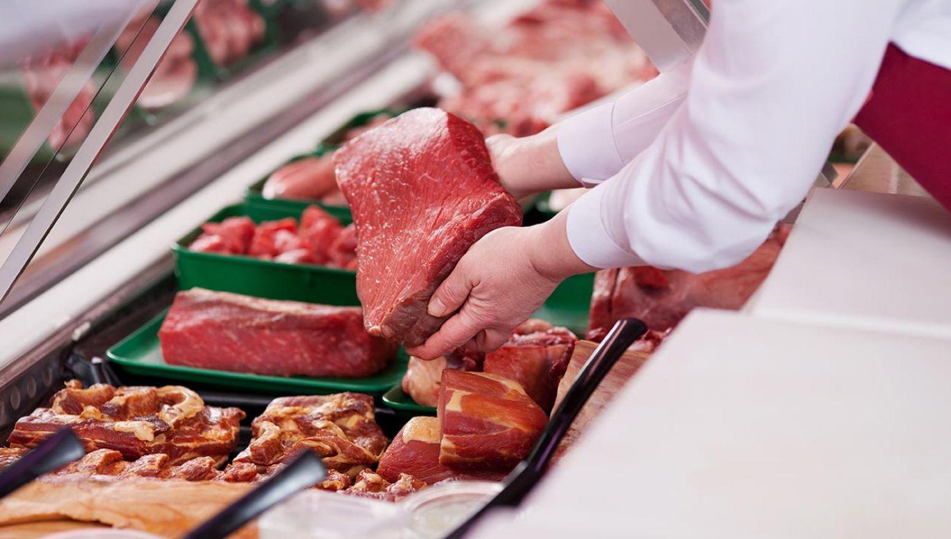 Przeciwko nowelizacji przepisów protestuje branża futerkowa, ale również niektóre branże sektora rolnego, przede wszystkim produkujące mięso (fot. Shutterstock/stockfour)