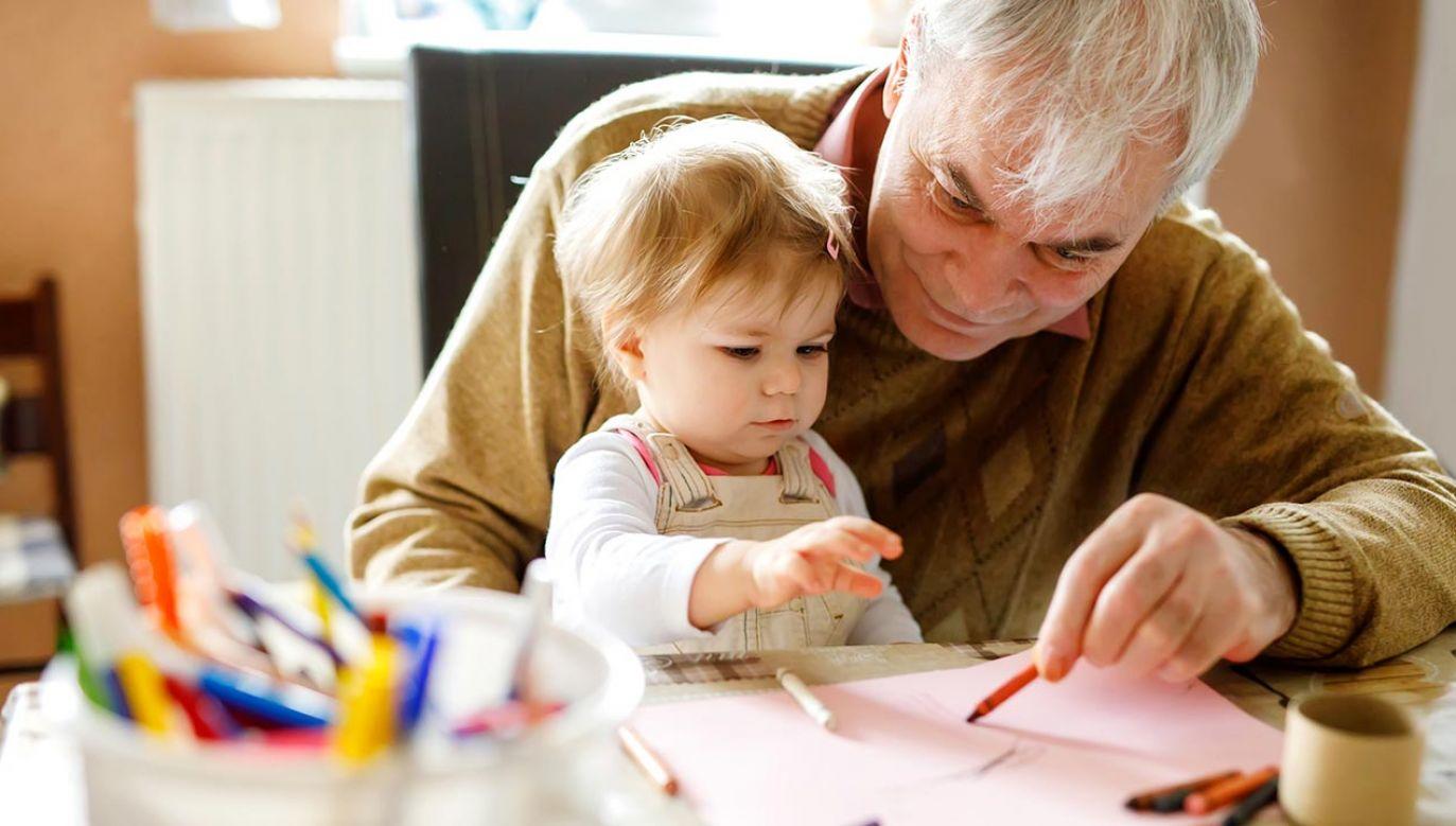Wymiera pokolenie powojennego wyżu demograficznego (fot. Shutterstock/Romrodphoto)