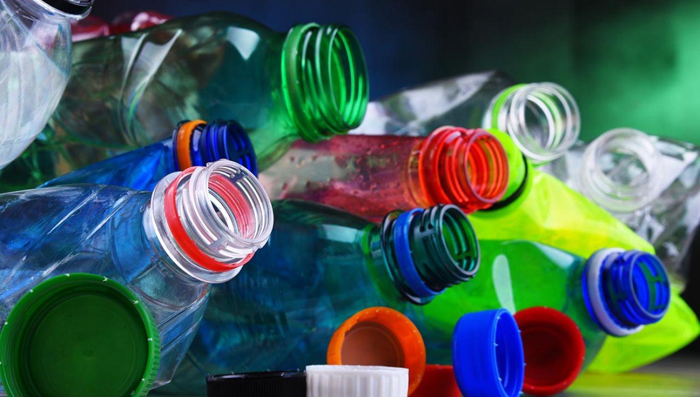 Aromat waniliowy z butelek (fot. Shutterstock/monticello)
