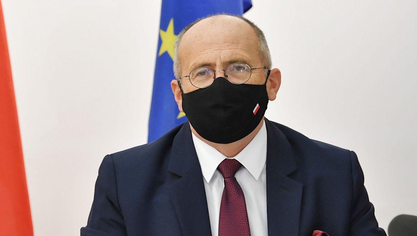 Zbigniew Rau, szef MSZ (fot.  PAP/Radek Pietruszka)