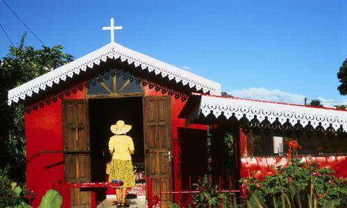 Kaplica św. Ekspedyta w Saint-Louis na Réunionie. Fot. Christian VAISSE/Gamma-Rapho via Getty Images
