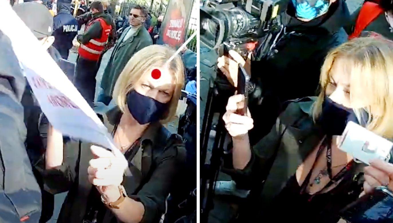 Dziennikarka wyrywa działaczowi pro-life plakat (fot. Youtube/Fundacja Życie i Rodzina)