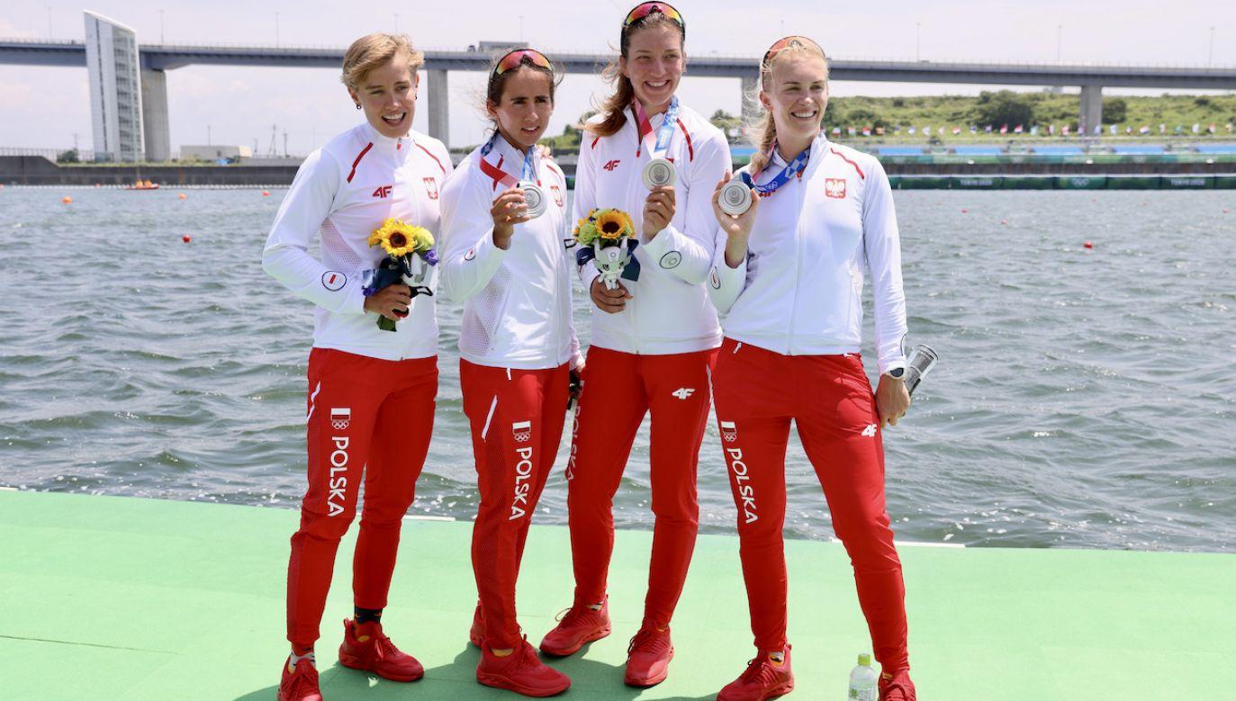 Polskie wicemistrzynie olimpijskie: Katarzyna Zillmann, Maria Sajdak, Marta Wieliczko i Agnieszka Kobus-Zawojska. (fot. PAP/Leszek Szymański)