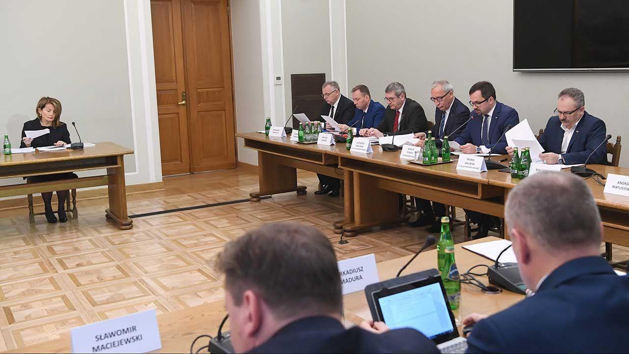 Wyborcza.pl podsumowuje zeznania, które Elżbieta Chojna-Duch złożyła przed komisją ds. VAT (fot. PAP/Piotr Nowak)