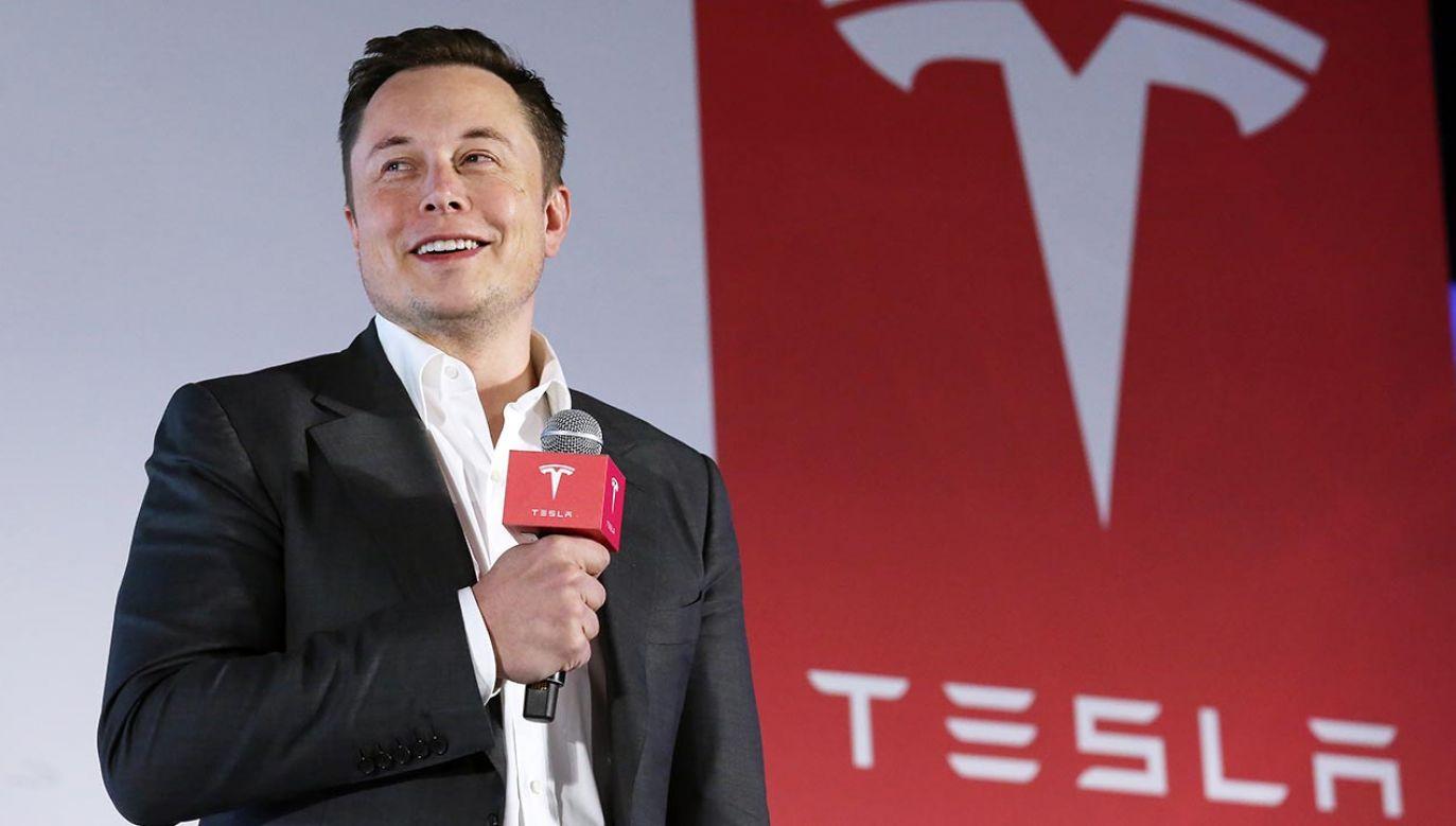 Elon Musk niebawem otworzy sieć restauracji szybkiej obsługi (fot. Nora Tam/South China Morning Post via Getty Images)