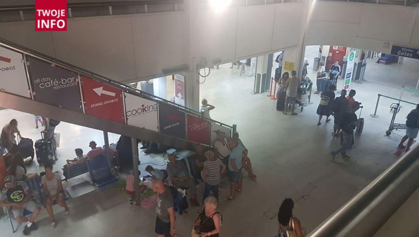 Na lotnisku w Heraklionie przebywa okołu dwustu klientów biura Itaka (fot. Twoje Info/Filip)