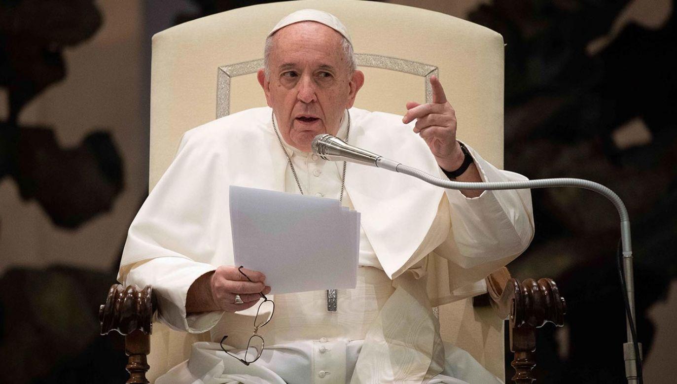 Wyprodukowano film, w którym przedstawiono podejście Franciszka do osób homoseksualnych (fot. PAP/EPA/VATICAN MEDIA HANDOUT)