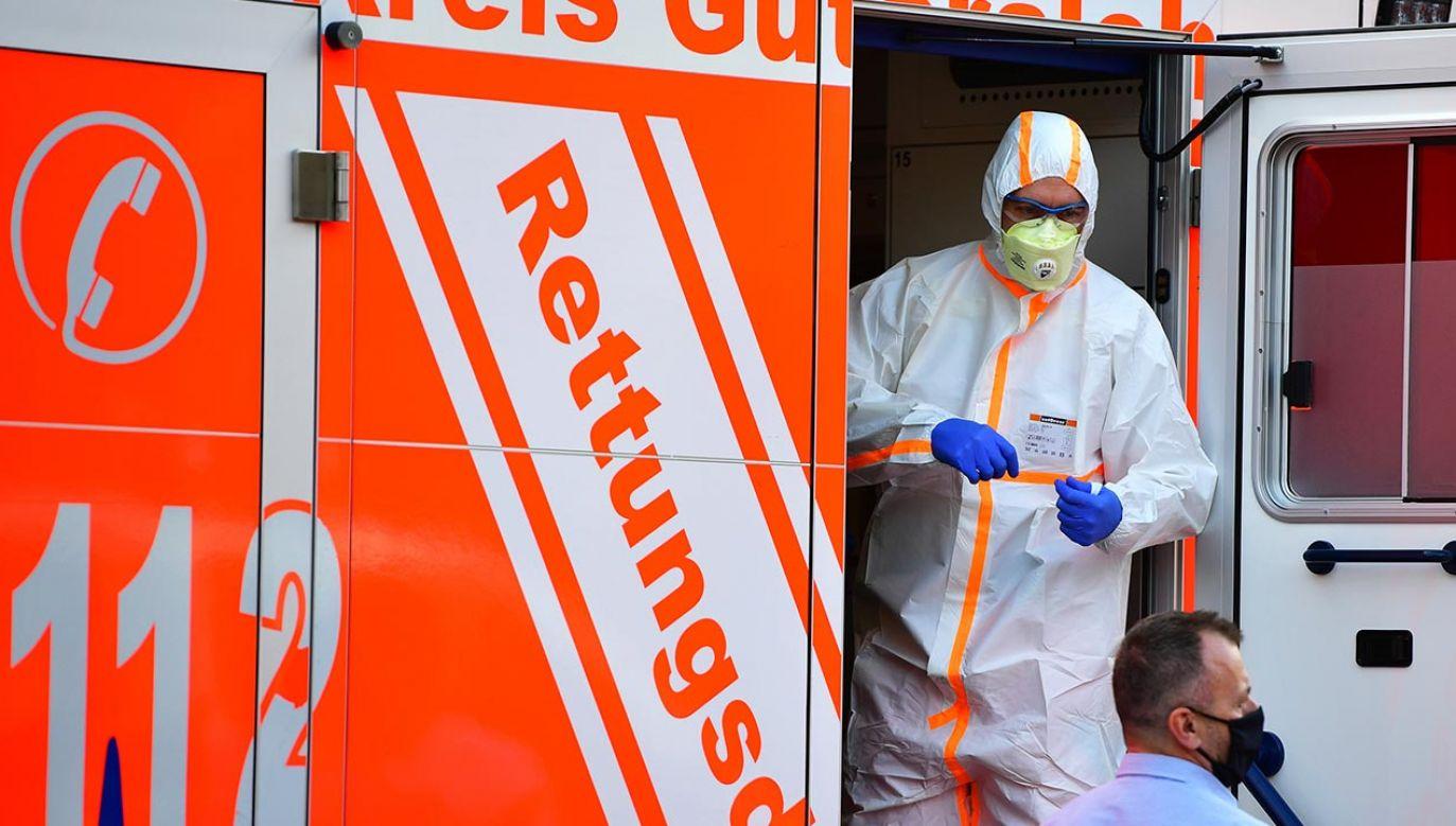 Ostatniej dobry w Niemczech odnotowano 7534 nowych zakażeń (fot. Alexander Koerner/Getty Images)