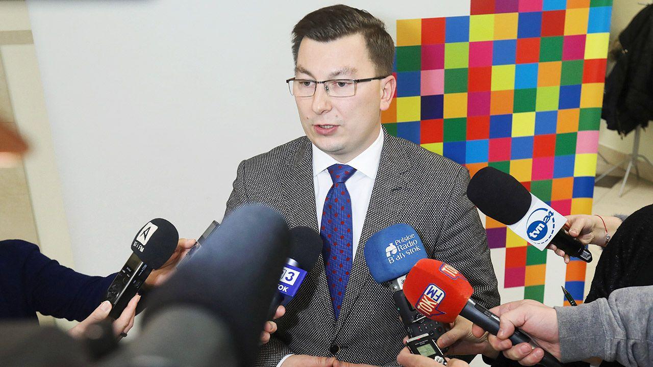 Na Pileckiego, zgłoszonego wspólnie przez KO i PSL, oddano 16 głosów ważnych (fot. PAP/Artur Reszko)