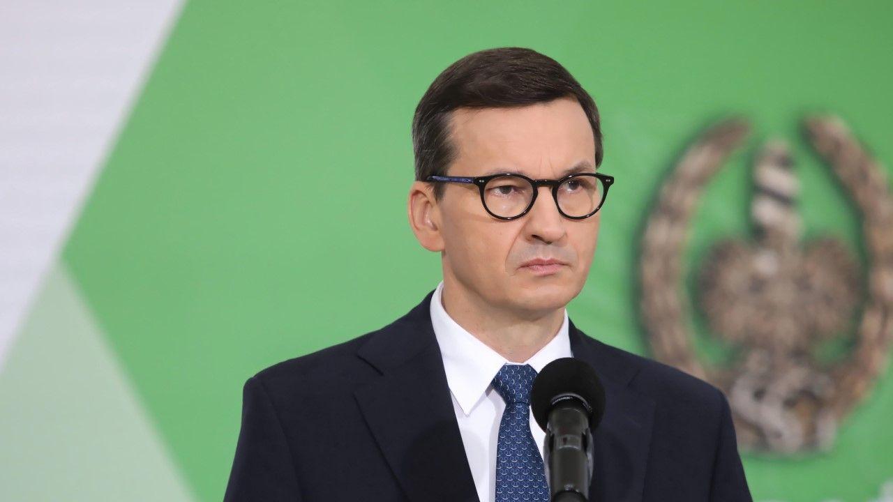 """Seans filmu """"Żeby nie było śladów"""" skłonił premiera Morawiueckiego do refleksji (fot. arch. PAP/Wojciech Olkuśnik)"""