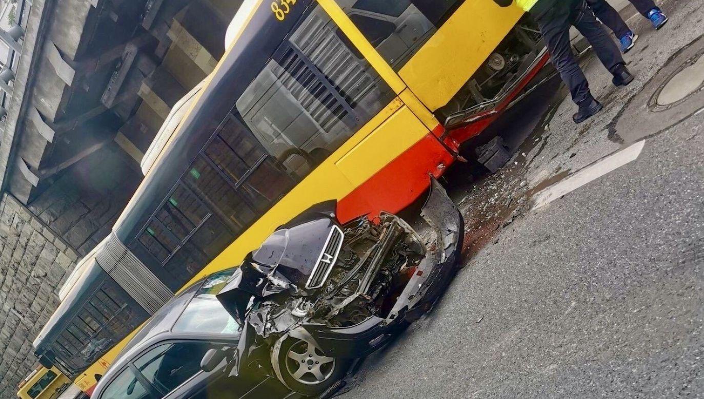 Kierowca hondy oddalił się z miejsca wypadku (fot. Twoje Info)
