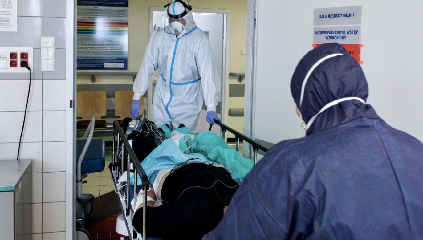 Jak na tle województwa wygląda sytuacja epidemiczna w stolicy? (fot. Jacek Szydlowski/NurPhoto via Getty Images)