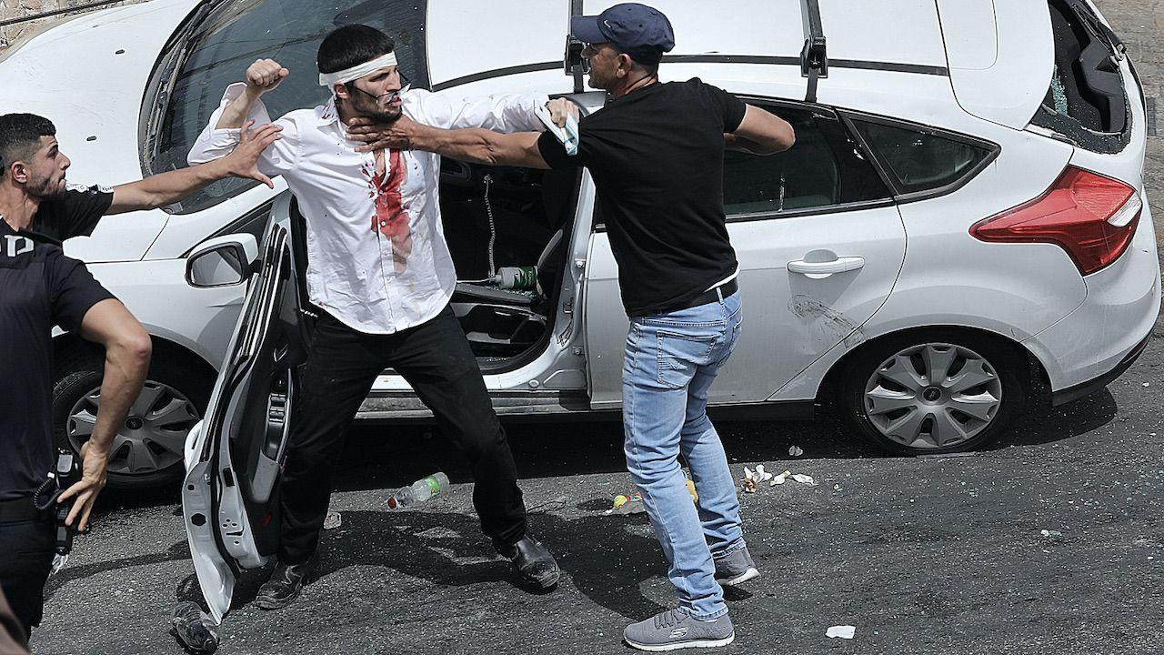 Niepokoje związane są z planowanym wysiedleniem Palestyńczyków z Jerozolimy (fot. PAP/EPA/ABIR SULTAN)