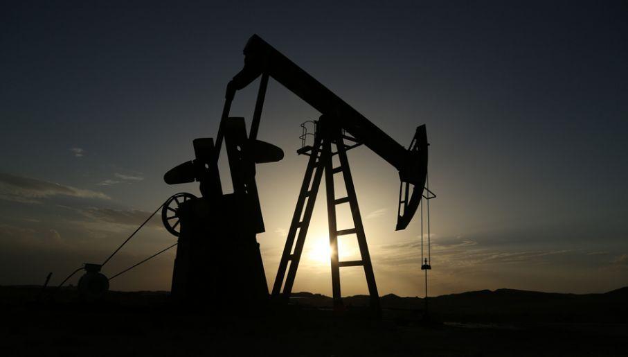 Szyby naftowe w Iraku (fot. Anadolu Agency/Getty Images)