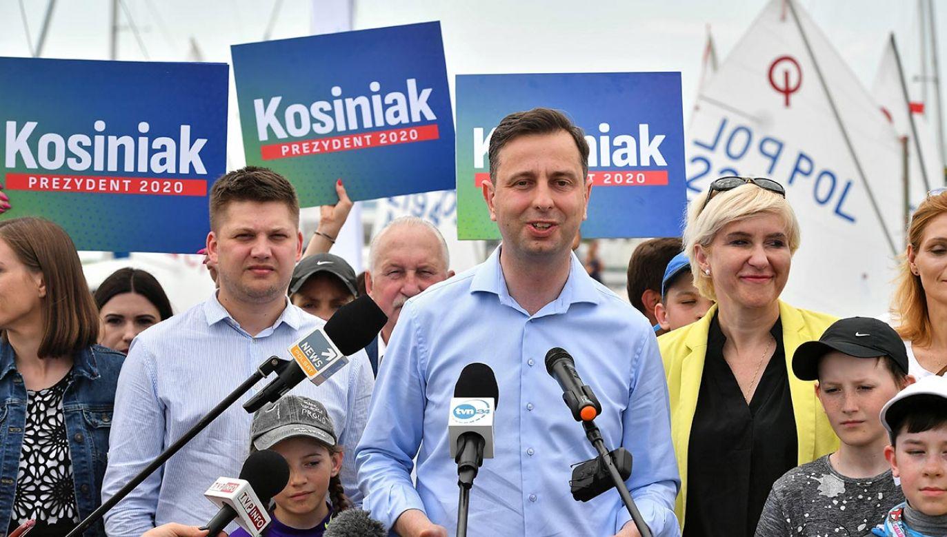 Prezydent zaapelował do wszystkich polityków podzielających takie wartości jak dobro rodziny o spotkanie po wyborach 12 lipca (fot. PAP/Andrzej Lange)