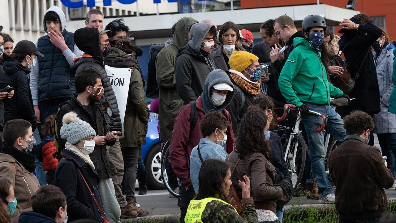 Dziennik ostrzega przed nietolerancją na francuskich uczelniach (fot. Estelle Ruiz/NurPhoto via Getty Images)