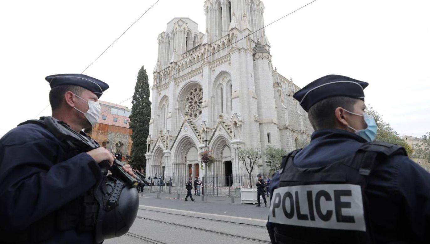 Policja aresztowała mężczyznę powiązanego ze sprawcą ataku terrorystycznego (fot. PAP/EPA/ERIC GAILLARD / POOL)