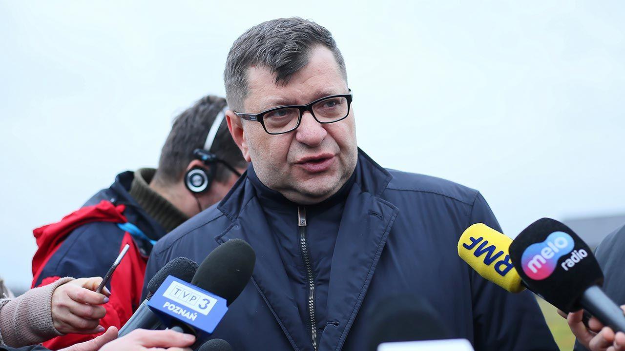 Na kontrowersyjnym biznesmenie ciąży niemal 200 zarzutów, w tym formułowania gróźb i prania pieniędzy (fot. PAP/Tomasz Wojtasik)