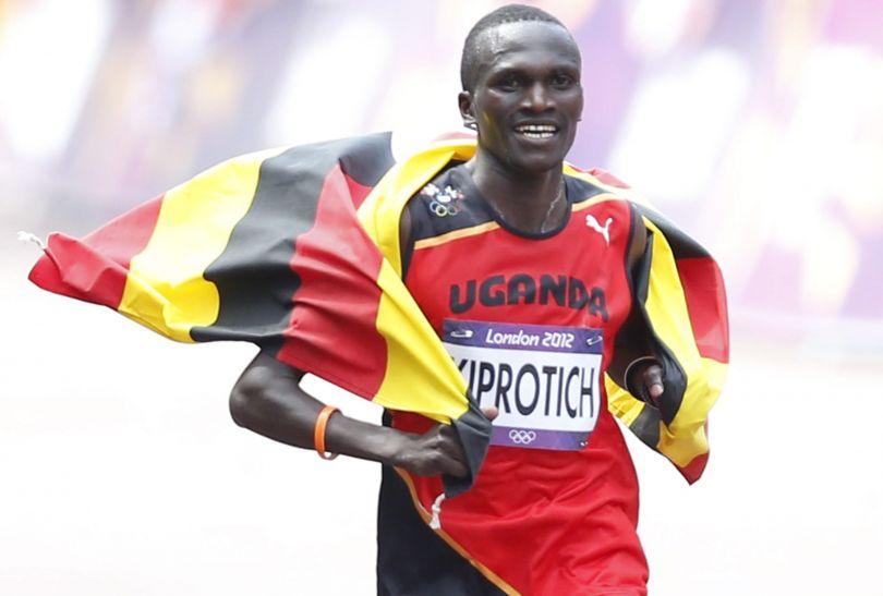 Ugandyjczyk Stephen Kiprotich  z czasem 2.08,01 wygrał olimpijski  maraton (fot. PAP/EPA)