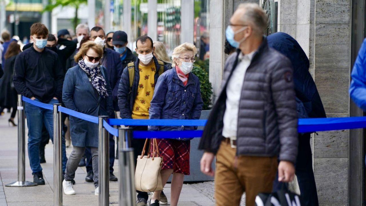 Handlowcy liczą ostrożnie na ożywienie rynku (fot. Sean Gallup/Getty Images)