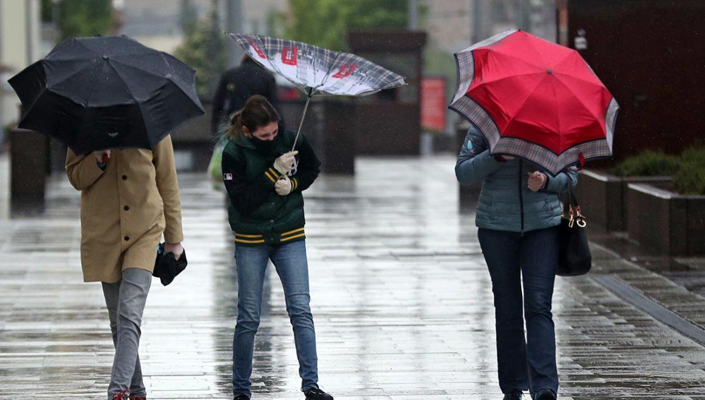 Wystąpią burze z intensywnymi opadami deszczu  (fot. Mikhail Tereshchenko\TASS via Getty Images)