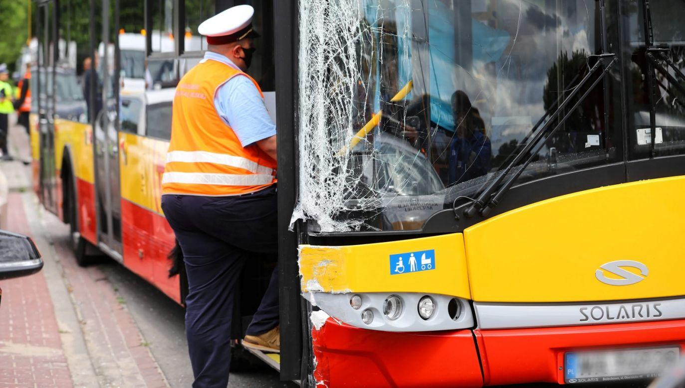 Mężczyzna pracuje w firmie Arriva – tej samej co kierowca autobusu, który przed ok. dwoma tygodniami spadł z wiaduktu w Warszawie (fot. PAP/Rafał Guz)
