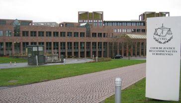 Batalia frankowiczów z bankami trwa od dawna (fot. wikipedia.org/Cédric Puisney)
